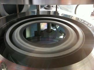 Tranches de GaN 200 mm de diamètre produit par le CEA-Leti © CEA/LETI